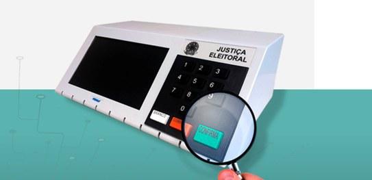 Checagem desmente fake sobre software da urna entregue a 'três venezuelanos e um português'