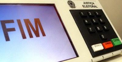 Falso: Brasil, Cuba e Venezuela não são os únicos países que usam urnas eletrônicas