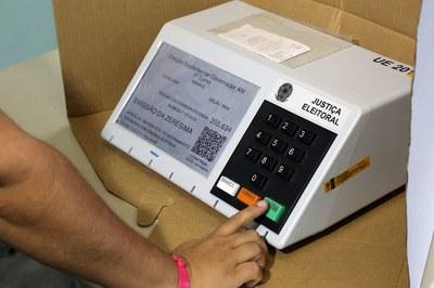 Eleições pelo país não foram anuladas por fraude nas urnas ou na apuração